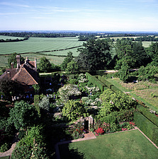 Sissinghurst Gardens - Kent, UK - 37586-30-1