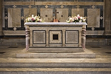 Altar inside the Baptistery, at the Duomo, Florence, Italy - 12164-40-1