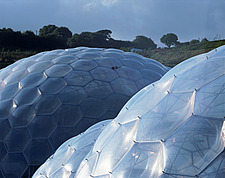 Eden Project, Bodelva, St Austell, Cornwall - detail of the biomes biomorphic - 10212-20-1
