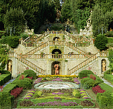 Villa Garzoni Tuscany Staircase in formal garden - 9222-30-1