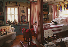 Four poster bed in childs room, Villa Abbondanza, Los Angeles, USA - 12513-160-1