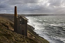 Abandoned tin mine at Wheal Coates, St Agnes Head, Cornwall - 31902-290-1