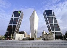 Madrid, Plaza Castilla, the monument for Jose Calvo Sotero and the Puerta de Europa Towers by architects Philip Johnson and John Burgee - 13086-450-1