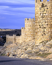 Castilla, Avila, 11th century city-walls, fortifications - 13086-640-1