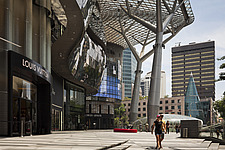 ION Orchard shopping mall by Benoy and  RSP Architects Planners & Engineers - 13183-10-1