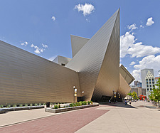 View of the tititanium clad Hamilton Building at Denver Art Museum - 13307-60-1
