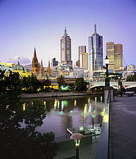 Victoria, Melbourne, view on downtown skyline over the Yarra River - 13245-570-1