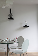 Dining table in a Modern Apartment, Hampton Wick - 13423-60-1