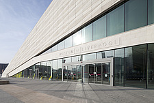 Entrance - Museum of Liverpool, Mann Island - 13869-70-1