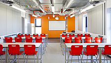 Interior view of the GMSE UTC (Greater Manchester Sustainable Engineering University Technical College) Oldham, UK - 15977-70-1