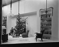 Christmas windows at Marshall Field and Company, 1943 Dec - 70892-20-1
