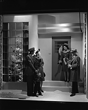 Christmas windows at Marshall Field and Company, 1943 Dec - 70892-40-1