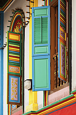 Colourful windows on shophouses, traditional terraced buildings in Little India in Singapore city, Asia - 16635-1210-1