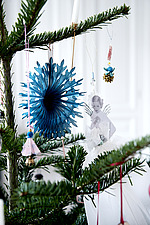 Christmas tree detail with decorations - 16845-130