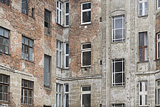 A mixture of windows, Berlin - 12106-100-1