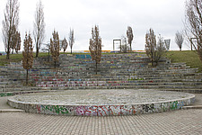 Graffiti decorated urban amphitheatre, Berlin - 12106-160-1