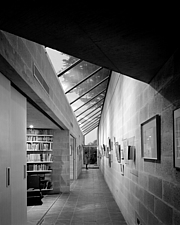 House at Creek Vean, Pill Creek , Cornwall (1964-6) Interior of gallery wall with view of study - 270-190-BW