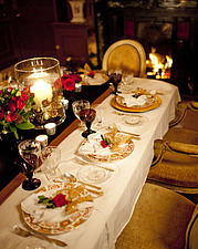 Table set for Christmas dinner in Chichester home, England, UK - 14877-100-1