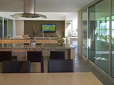 Modern open plan ground floor living space, California - 12868-170-1
