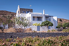 Exterior view of southern facade, holiday house in Paros Island Greece by Nikolas Kouretas - ARC100432