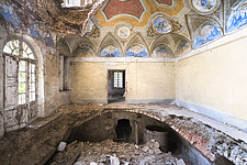 an abandoned villa with holes in the floor due to an earthquake in Italy - ARC101297