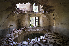 an abandoned villa with holes in the floor due to an earthquake in Italy - ARC101299