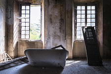 a bathtub in a room in an abanoned villa in Italy - ARC101302