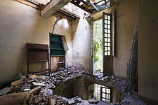 an abandoned villa with holes in the floor due to an earthquake in Italy - ARC101303
