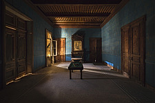 a room in a beautiful abandoned castle in France - ARC101337