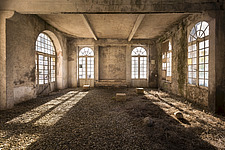 a room in a beautiful abandoned castle in France - ARC101345