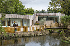 Exterior of Ashbrook House, a contemporary family eco-house in Blewbury, South Oxfordshire, UK - ARC102966