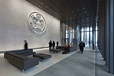 Ambassador Wall with Great Seal in the main lobby,  The American Embassy, Nine Elms, London, UK - ARC104029
