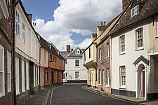 Historic houses on Nelson Street, looking north, King's Lynn, Norfolk, England, UK - ARC104765