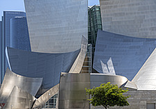 A summer day shot of the Walt Disney Concert Hall, downtown LA, California, USA 2003 - ARC105362