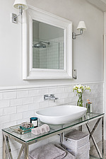 Bathroom in a refurbished apartment in Hove, East Sussex, UK - ARC105839