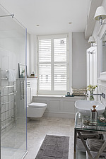 Bathroom in a refurbished apartment in Hove, East Sussex, UK - ARC105840