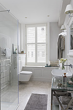 Bathroom in a refurbished apartment in Hove, East Sussex, UK - ARC105842