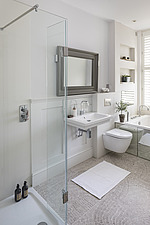 Bathroom in a refurbished apartment in Hove, East Sussex, UK - ARC105854