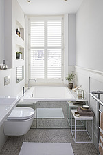 Bathroom in a refurbished apartment in Hove, East Sussex, UK - ARC105855