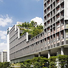 Winner of the World Architecture Festival Building of the Year 2018, Kampung Admiralty is a integrated public facility designed to create inter-genera... - ARC108716