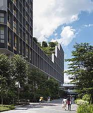 Winner of the World Architecture Festival Building of the Year 2018, Kampung Admiralty is a integrated public facility designed to create inter-genera... - ARC108722