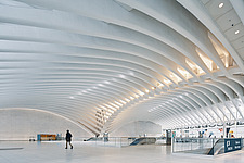 The World Trade Center Transportation Hub, also known as the Oculus, Port Authority Trans-Hudson (PATH) , Manhattan, New York, USA - ARC109707