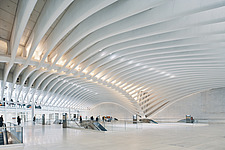 The World Trade Center Transportation Hub, also known as the Oculus, Port Authority Trans-Hudson (PATH) , Manhattan, New York, USA - ARC109709