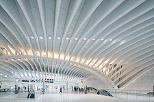 The World Trade Center Transportation Hub, also known as the Oculus, Port Authority Trans-Hudson (PATH) , Manhattan, New York, USA - ARC109710